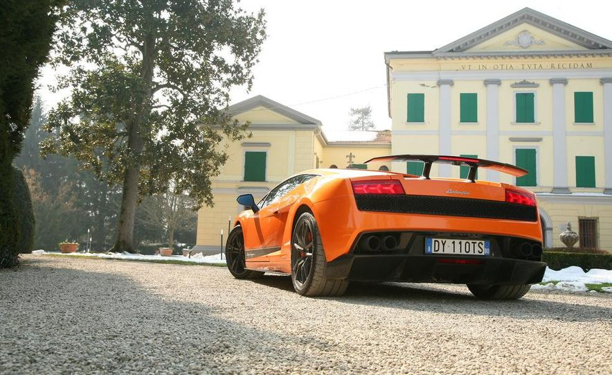 2011 Lamborghini Gallardo LP570-4 Superleggera - Slide 9