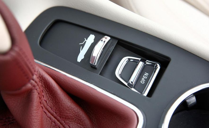 2011 Maserati GranTurismo convertible (sold as: GranCabrio in Europe) - Slide 49