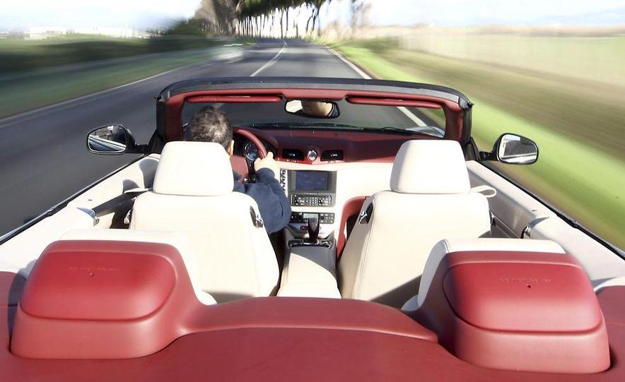 2011 Maserati GranTurismo convertible (sold as: GranCabrio in Europe) - Slide 8