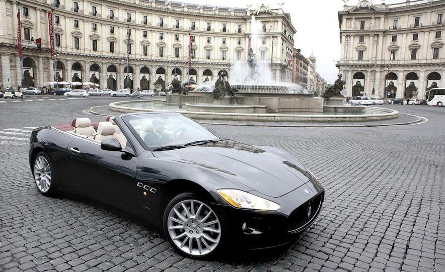2011 Maserati GranTurismo convertible (sold as: GranCabrio in Europe) - Slide 16