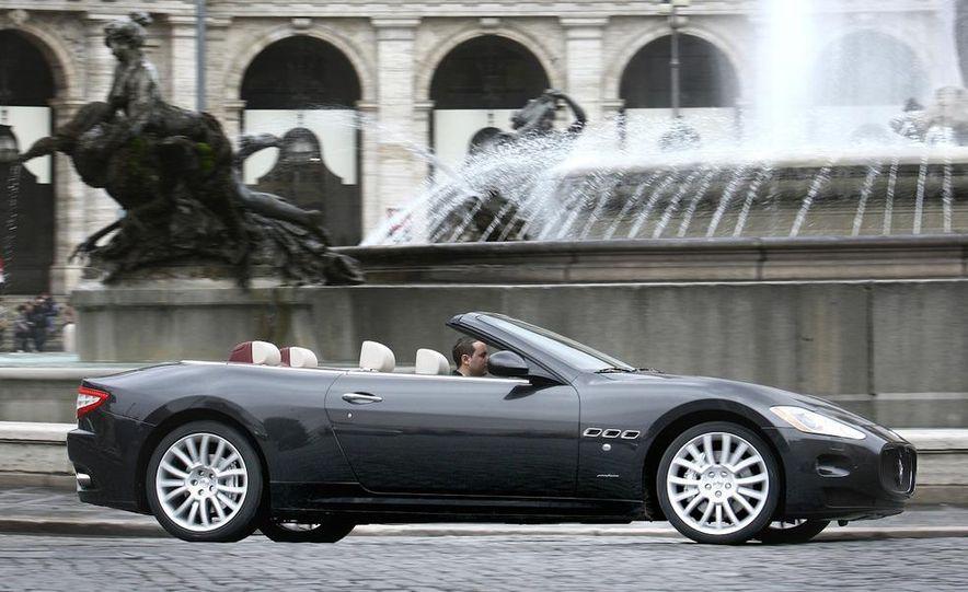 2011 Maserati GranTurismo convertible (sold as: GranCabrio in Europe) - Slide 10