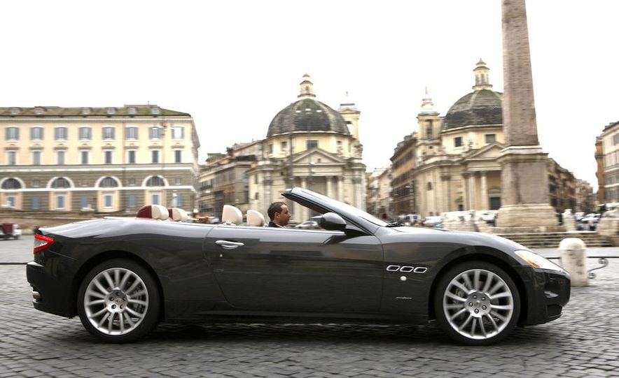 2011 Maserati GranTurismo convertible (sold as: GranCabrio in Europe) - Slide 11