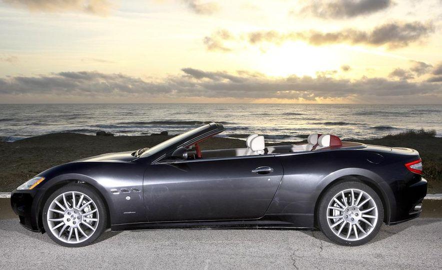 2011 Maserati GranTurismo convertible (sold as: GranCabrio in Europe) - Slide 29