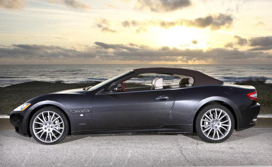 2011 Maserati GranTurismo convertible (sold as: GranCabrio in Europe) - Slide 25