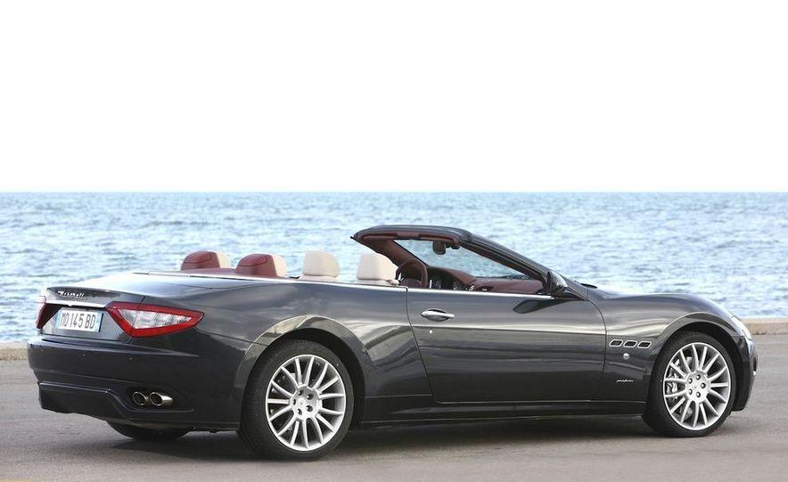 2011 Maserati GranTurismo convertible (sold as: GranCabrio in Europe) - Slide 17