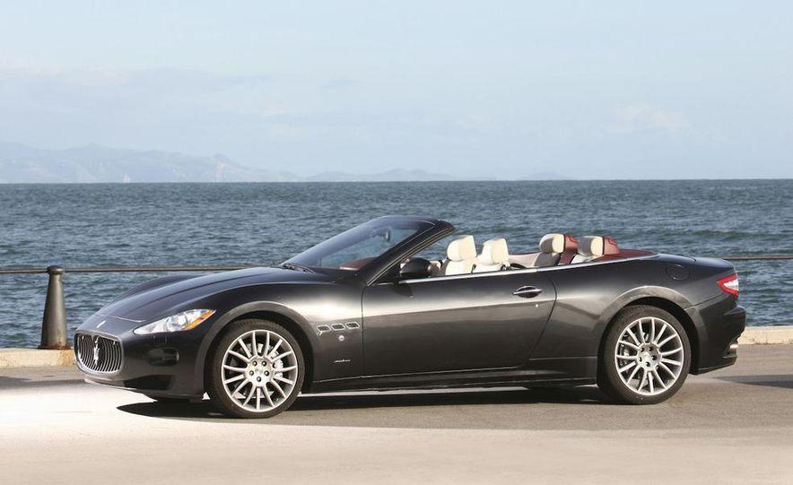 2011 Maserati GranTurismo convertible (sold as: GranCabrio in Europe) - Slide 23