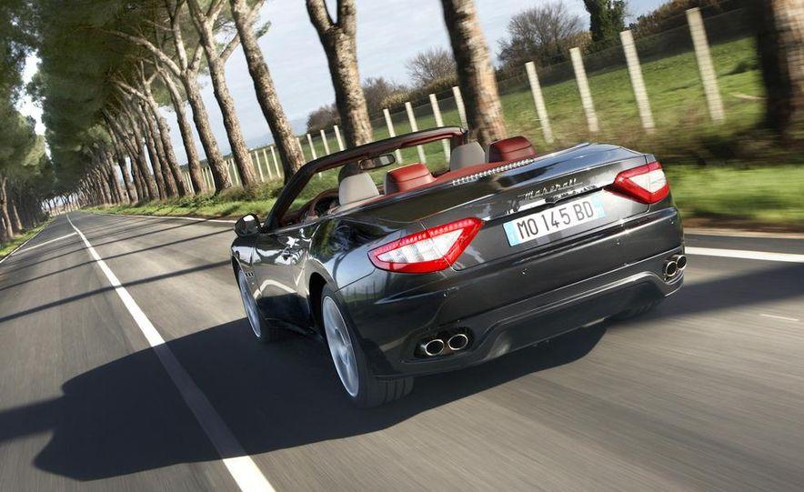 2011 Maserati GranTurismo convertible (sold as: GranCabrio in Europe) - Slide 7