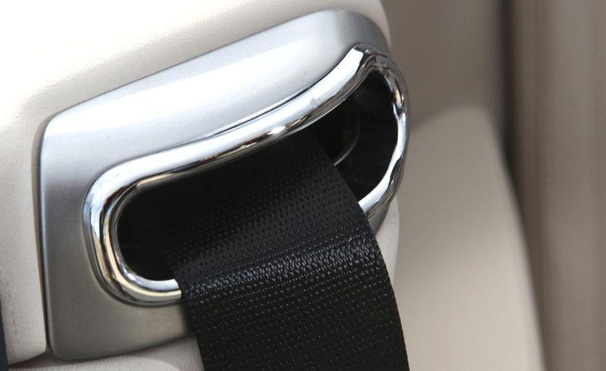 2011 Maserati GranTurismo convertible (sold as: GranCabrio in Europe) - Slide 47