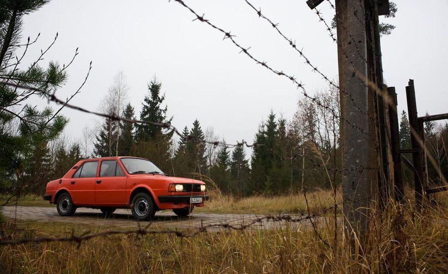 1985 Škoda 105L - Slide 10