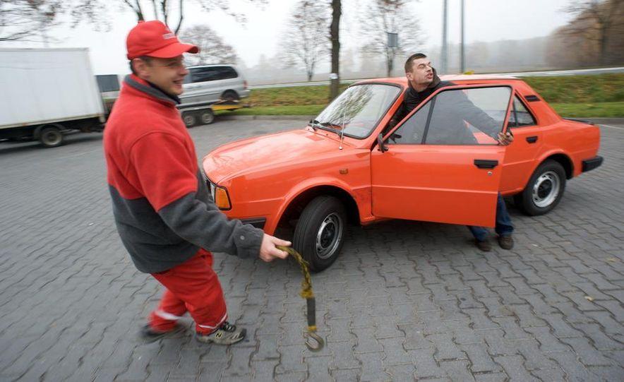 1985 Škoda 105L - Slide 18