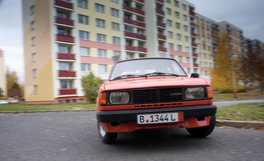 1985 Škoda 105L - Slide 19