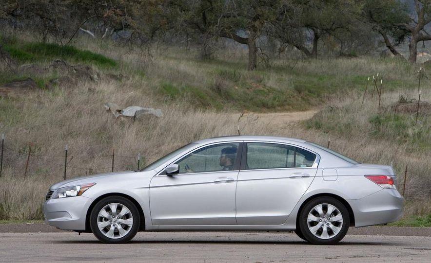 2010 Honda Accord EX, 2010 Subaru Legacy 2.5i, and 2011 Hyundai Sonata SE - Slide 21