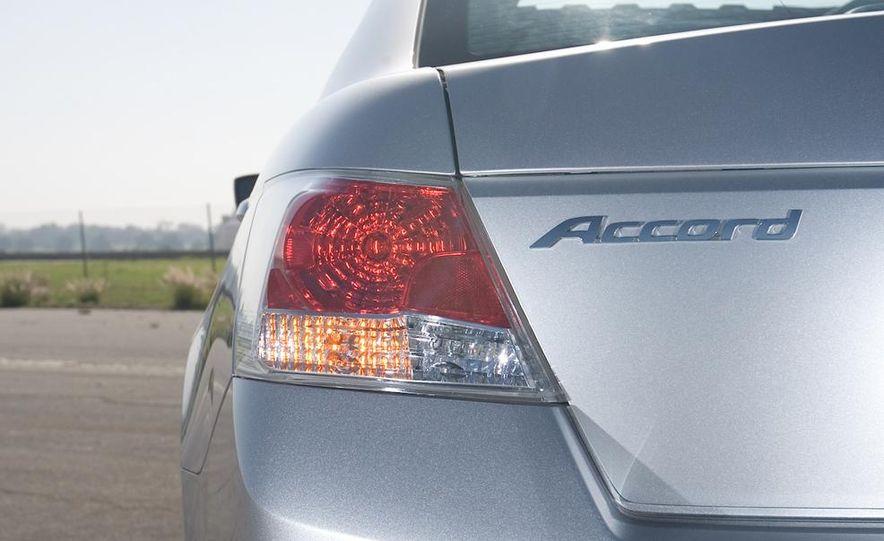 2010 Honda Accord EX, 2010 Subaru Legacy 2.5i, and 2011 Hyundai Sonata SE - Slide 25
