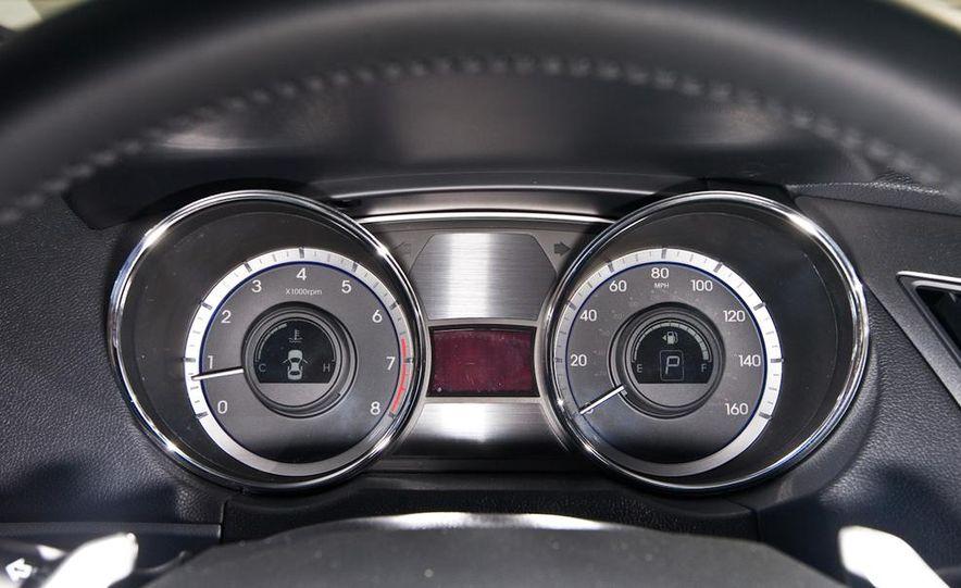 2010 Honda Accord EX, 2010 Subaru Legacy 2.5i, and 2011 Hyundai Sonata SE - Slide 87