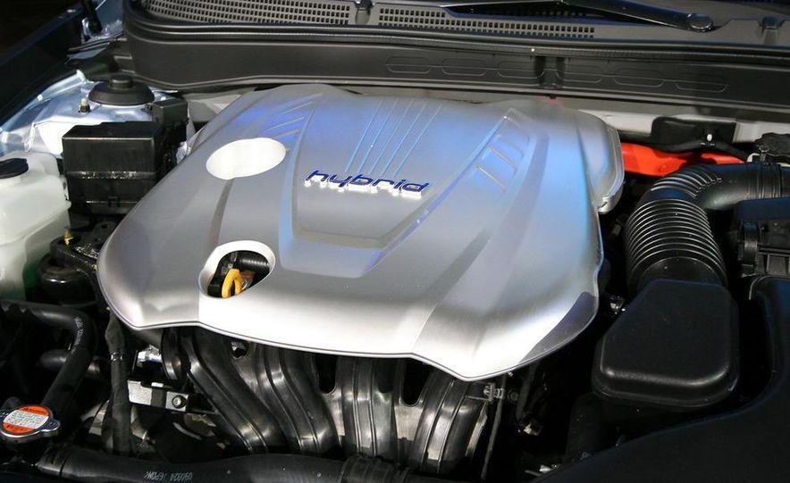 2011 Hyundai Sonata hybrid - Slide 10