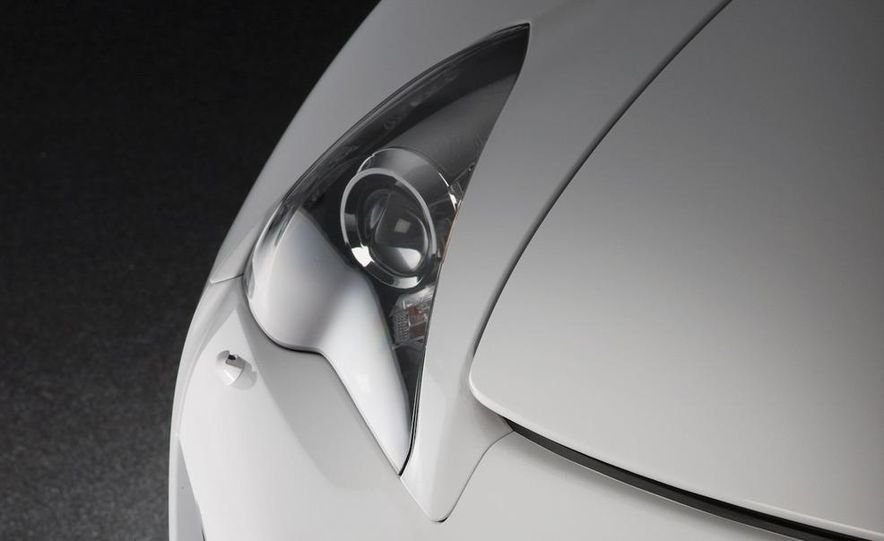 2012 Lexus LFA - Slide 32