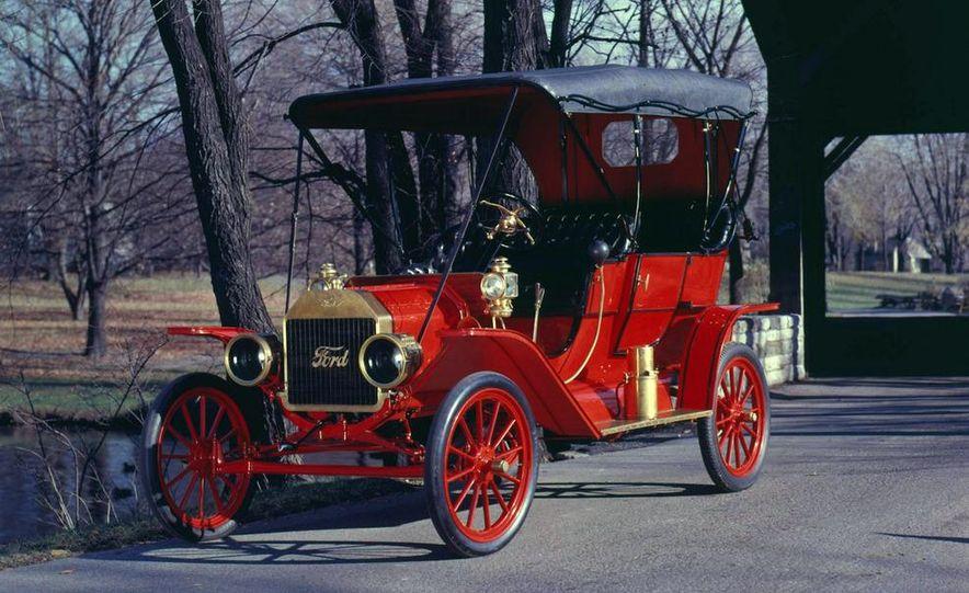 1908 Ford Model T - Slide 2