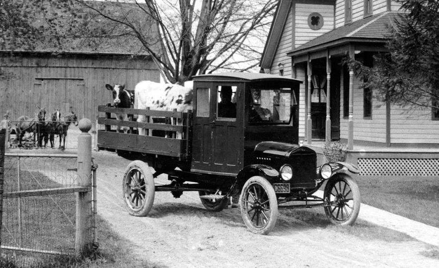 1908 Ford Model T - Slide 11