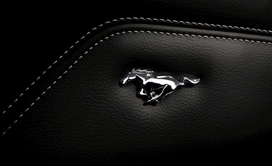 2011 Ford Mustang V-6 - Slide 44