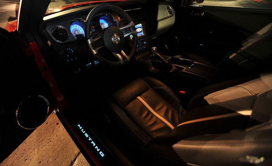 2011 Ford Mustang V-6 - Slide 41