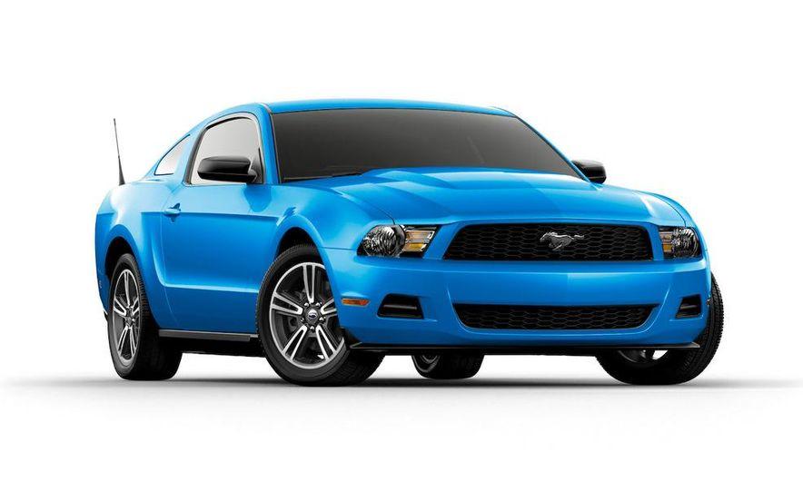 2011 Ford Mustang V-6 - Slide 33