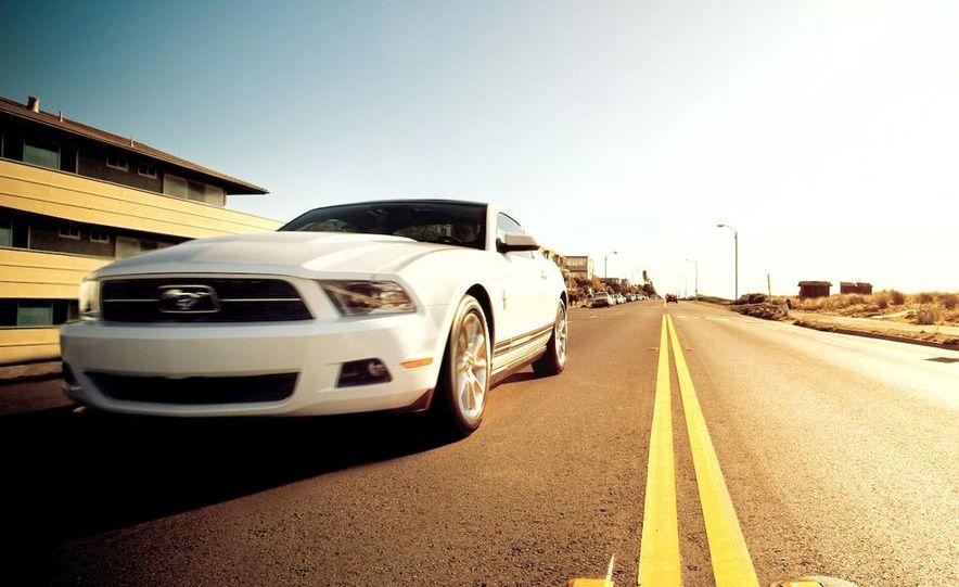 2011 Ford Mustang V-6 - Slide 35
