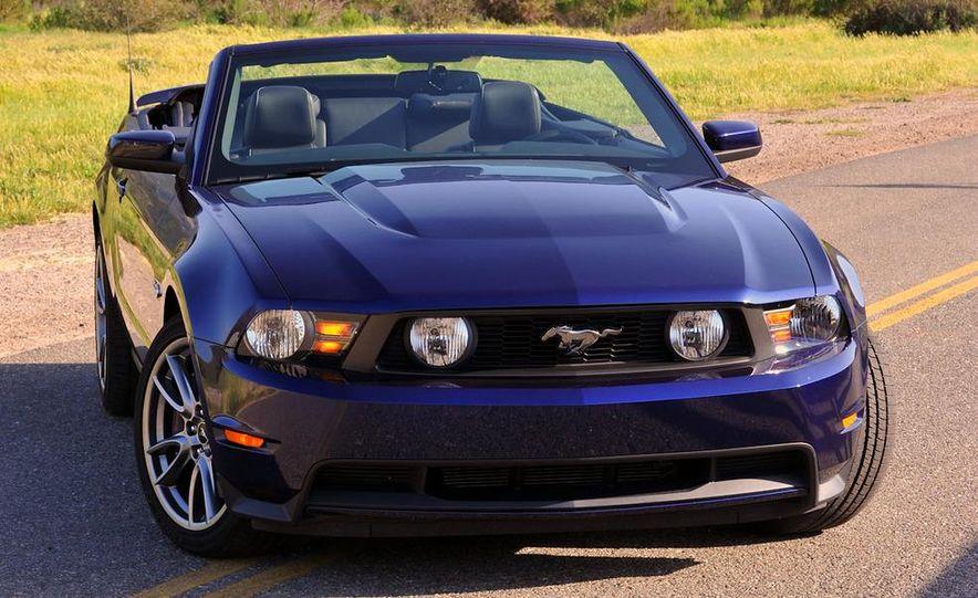 2011 Ford Mustang GT 5.0 - Slide 23