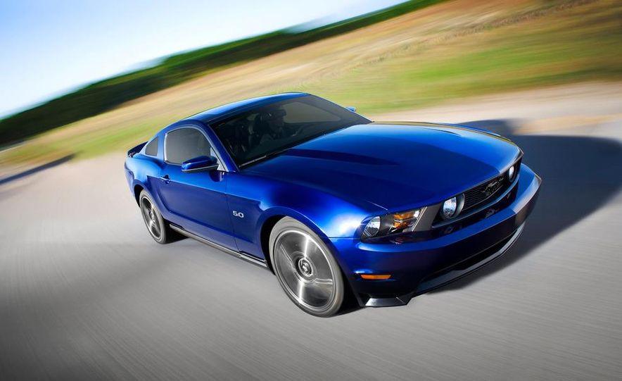 2011 Ford Mustang GT 5.0 - Slide 17