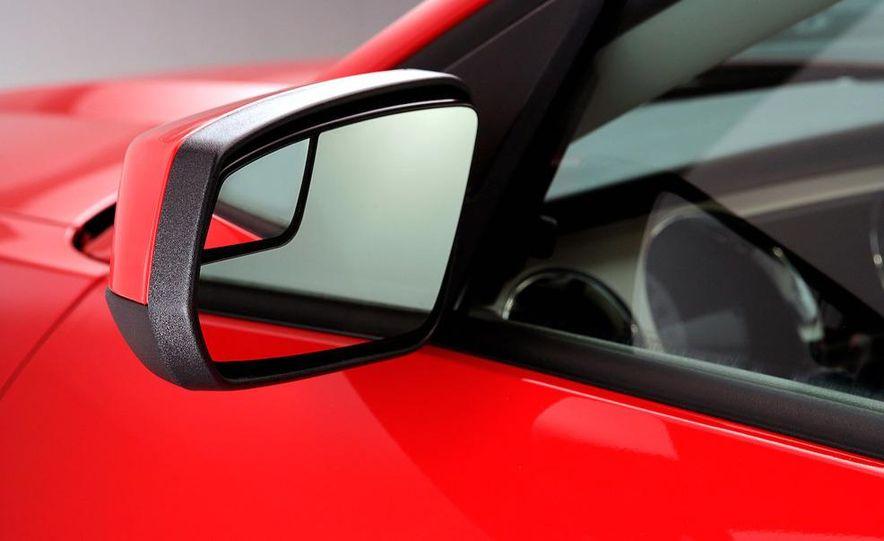 2011 Ford Mustang GT 5.0 - Slide 31