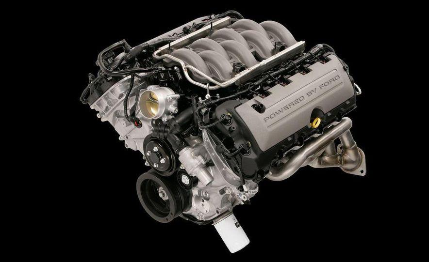 2011 Ford Mustang GT 5.0 - Slide 42
