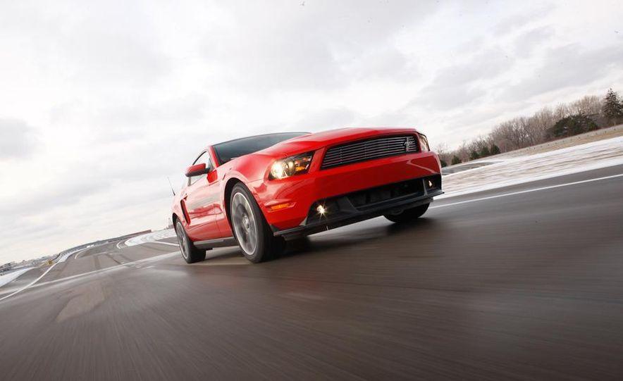 2011 Ford Mustang GT 5.0 - Slide 9