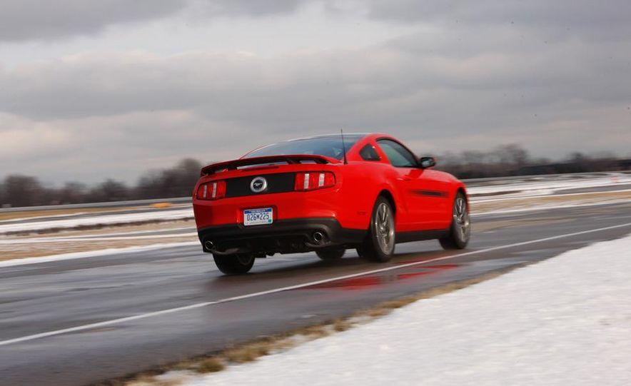2011 Ford Mustang GT 5.0 - Slide 11