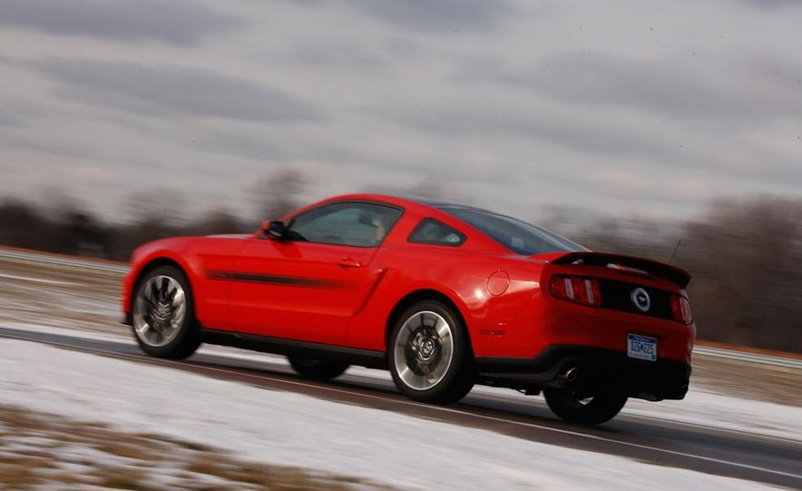 2011 Ford Mustang GT 5.0 - Slide 13