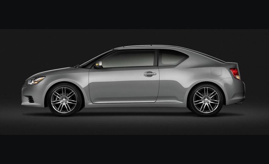 2011 Scion tC - Slide 22