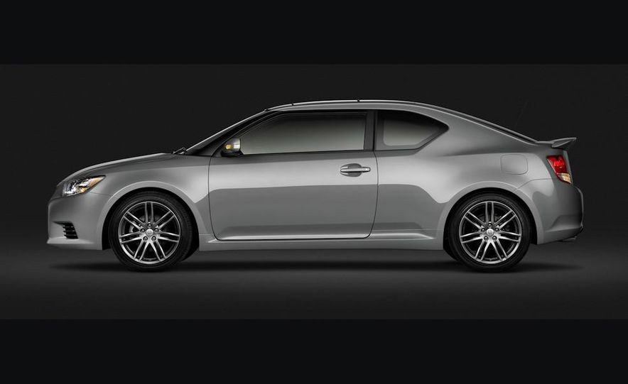 2011 Scion tC - Slide 23