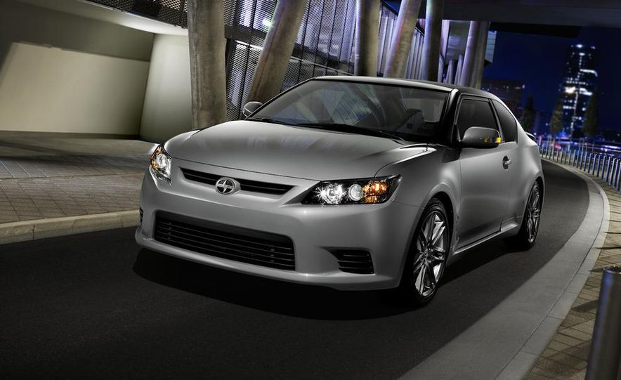 2011 Scion tC - Slide 19