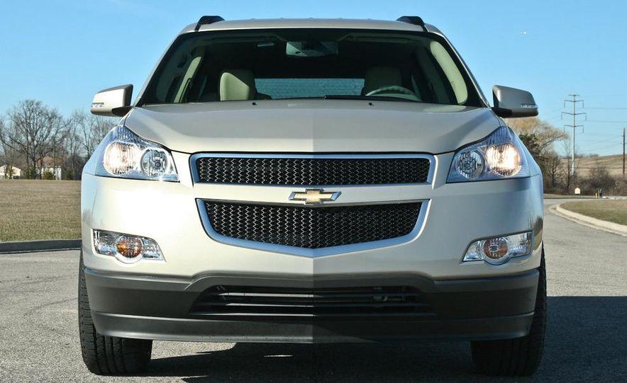 2010 Chevrolet Traverse FWD - Slide 25