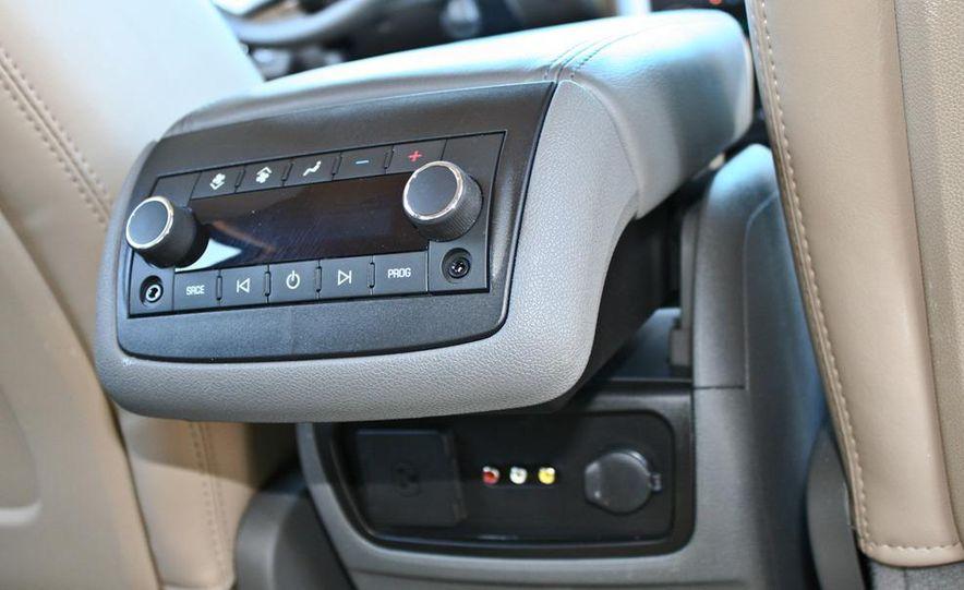 2010 Chevrolet Traverse FWD - Slide 44