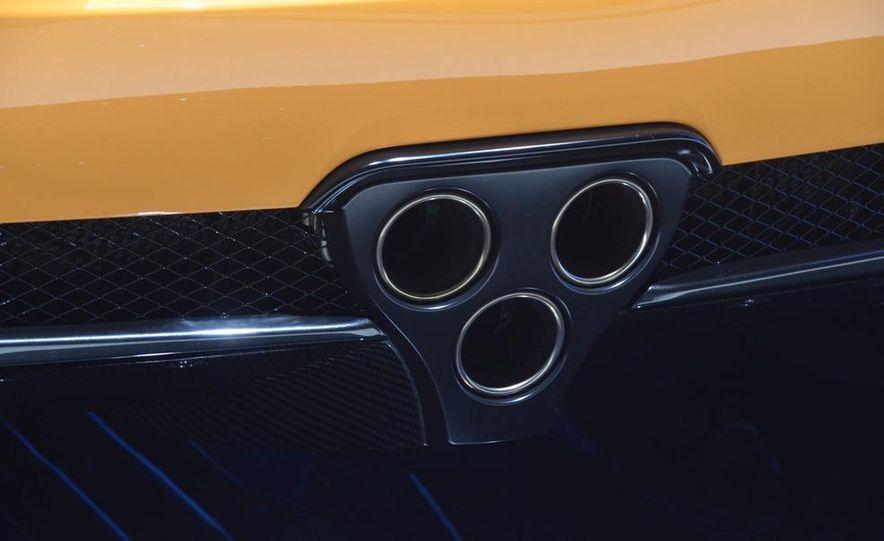 2012 Lexus LFA Nürburgring Package - Slide 20