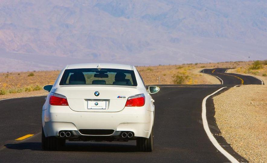 2011 BMW M5 (artist's rendering) - Slide 25