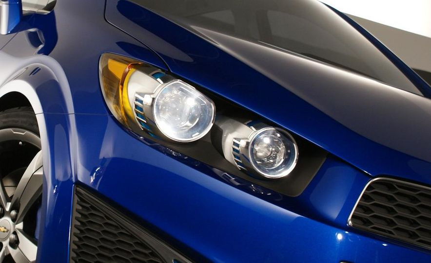 Chevrolet Aveo RS concept - Slide 20