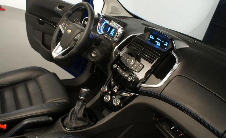 Chevrolet Aveo RS concept - Slide 31