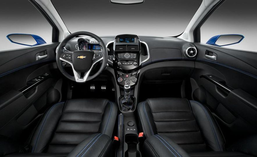 Chevrolet Aveo RS concept - Slide 35