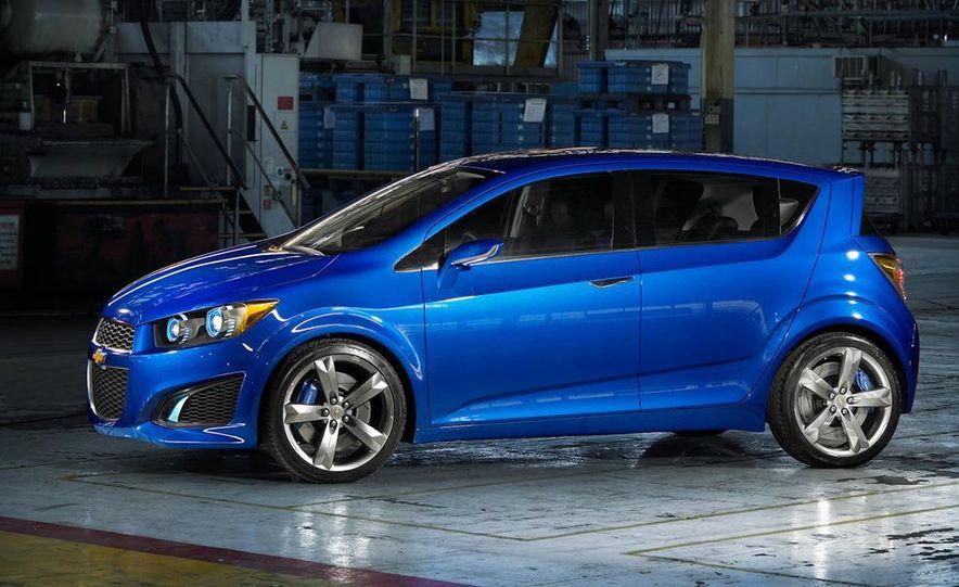 Chevrolet Aveo RS concept - Slide 10