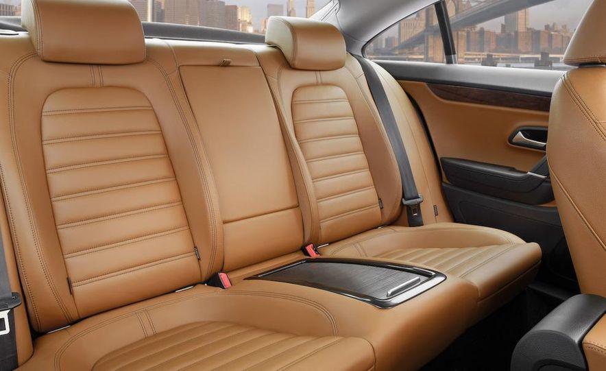 2012 Volkswagen New Mid-Size Sedan - Slide 24
