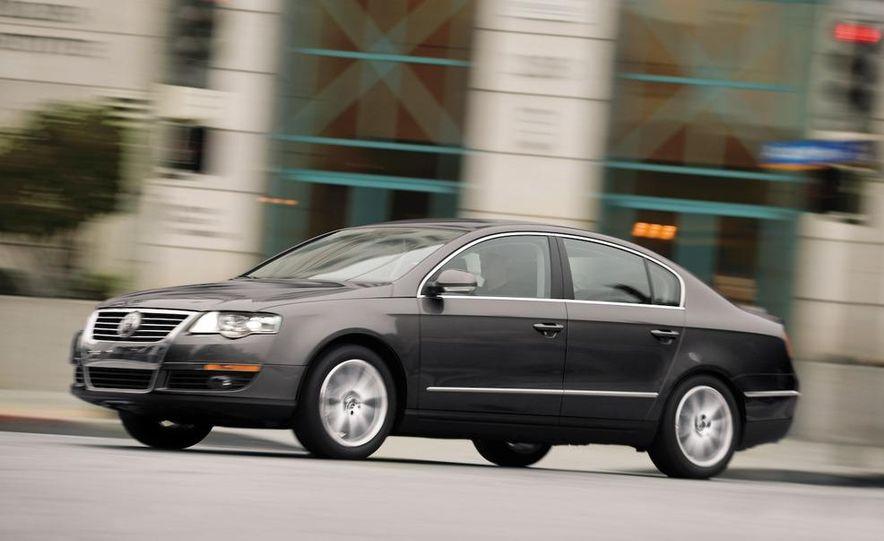2012 Volkswagen New Mid-Size Sedan - Slide 9