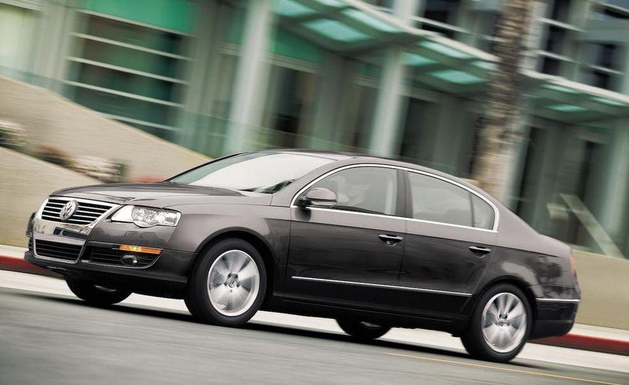 2012 Volkswagen New Mid-Size Sedan - Slide 10
