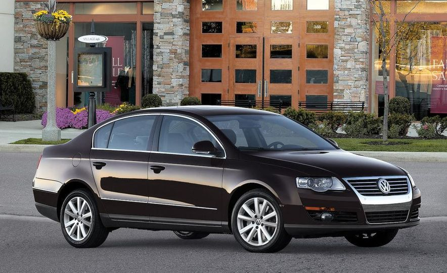 2012 Volkswagen New Mid-Size Sedan - Slide 11