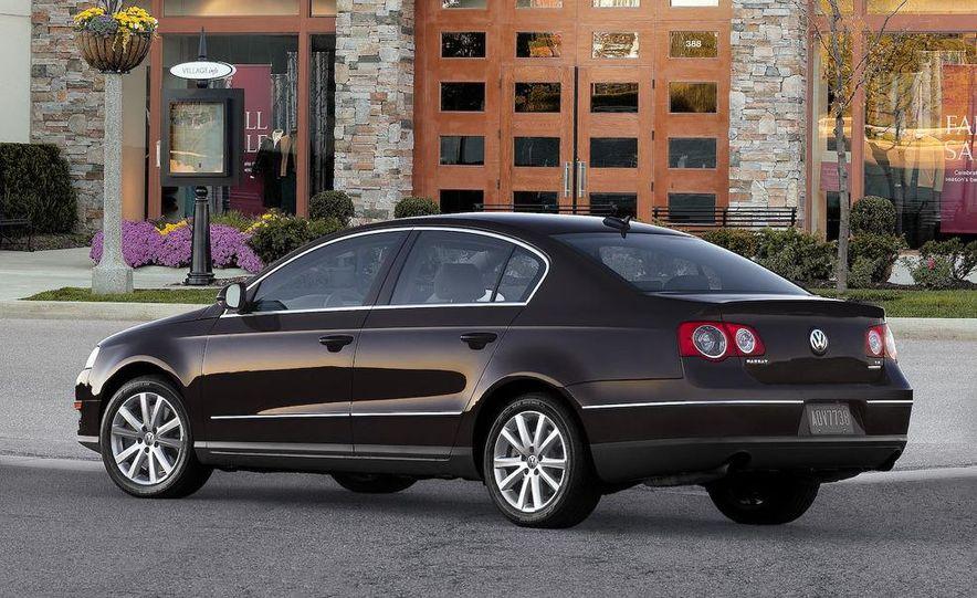 2012 Volkswagen New Mid-Size Sedan - Slide 12