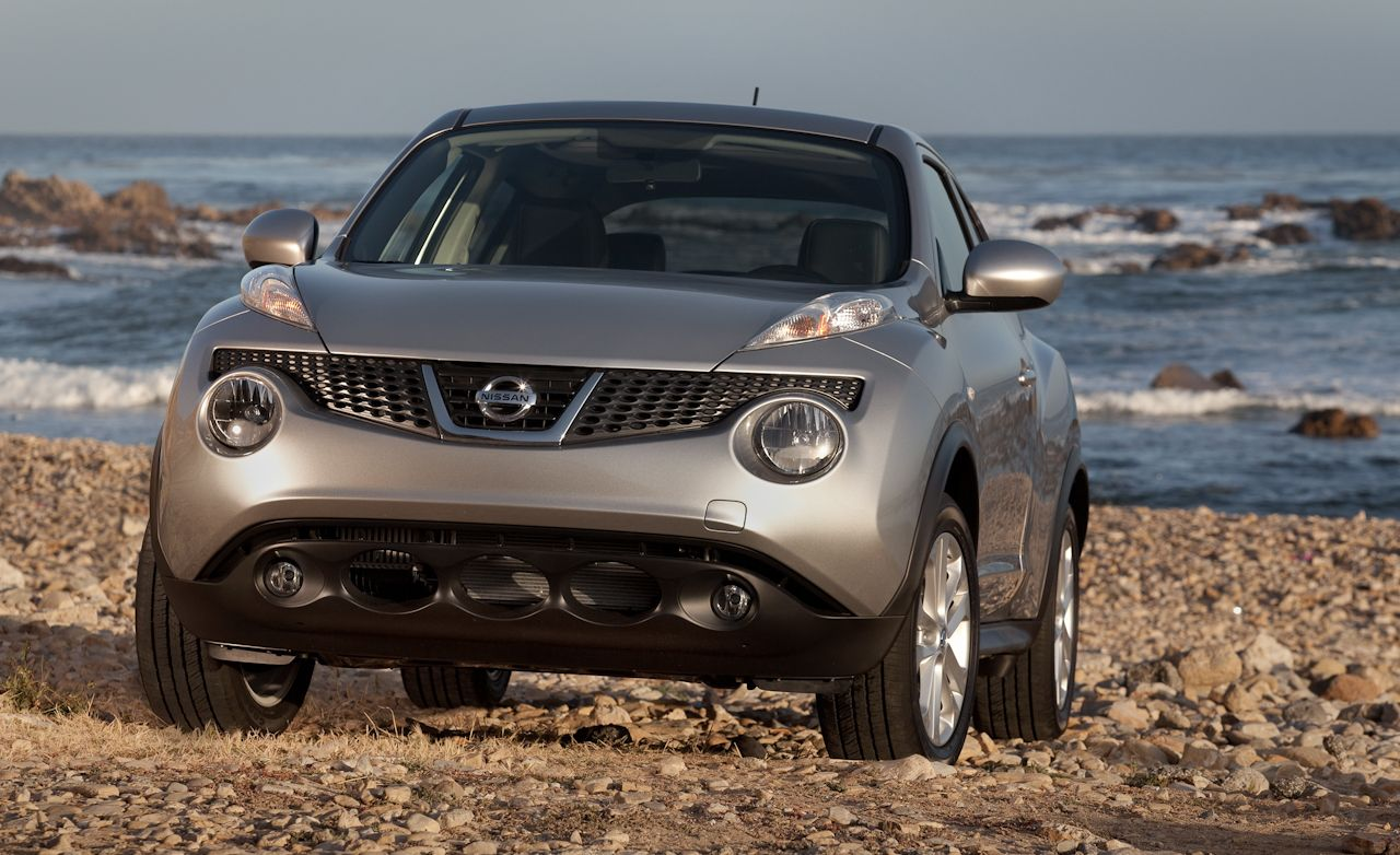 2011 nissan juke first drive – review – car and driver